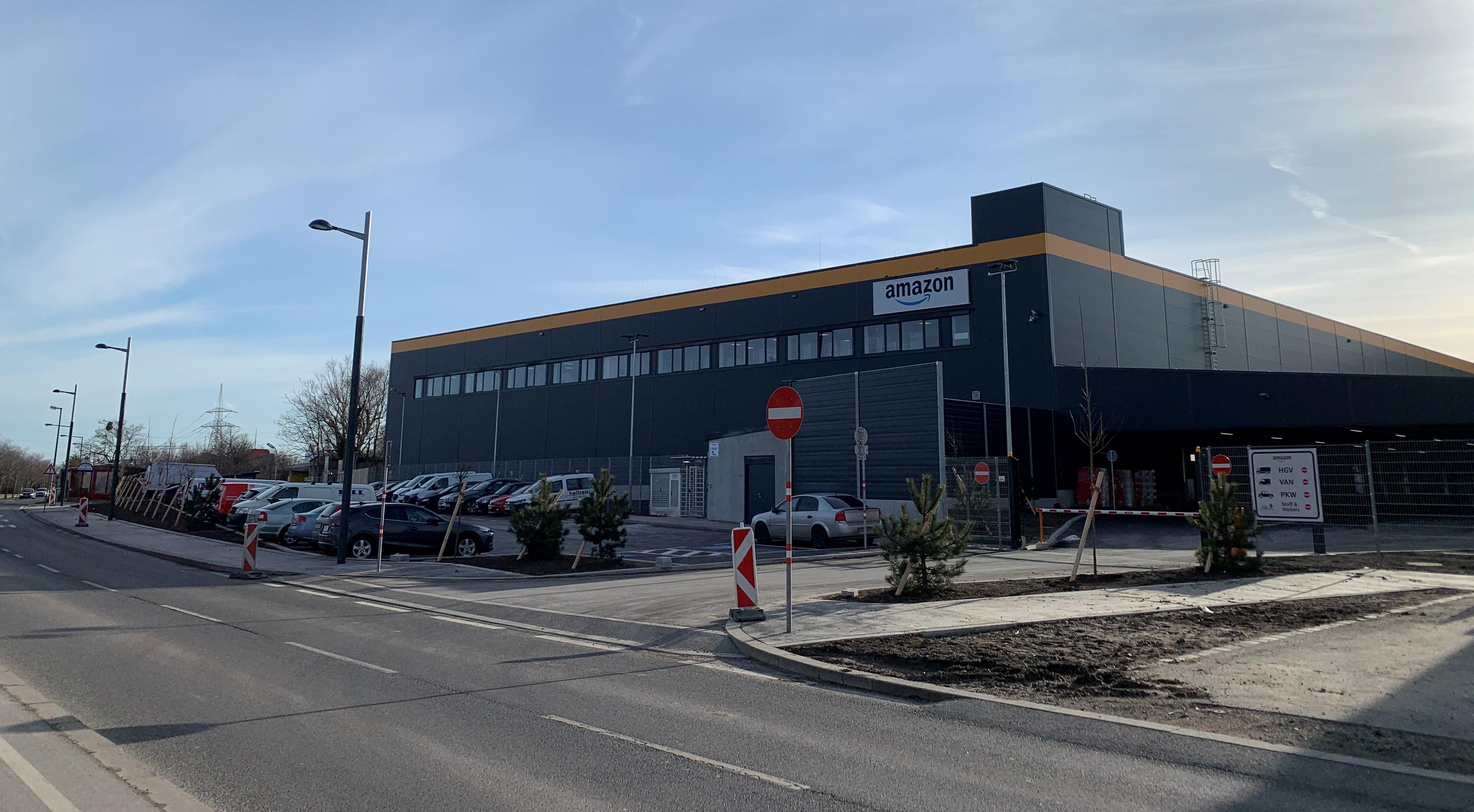 Neues Amazon-Verteilzentrum in Wien geht in Betrieb