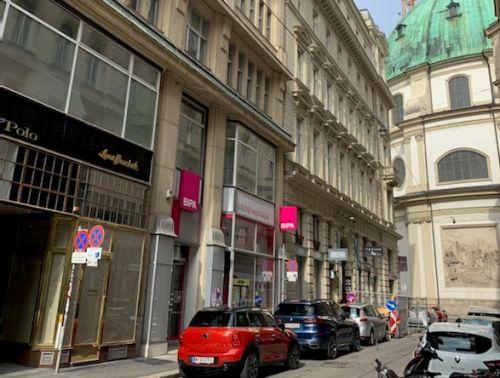 "Colliers bringt ""Why not vintage?"" Store in der Wiener Goldschmiedgasse"