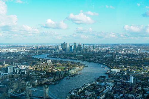Union Investment kauft Bürotower in London
