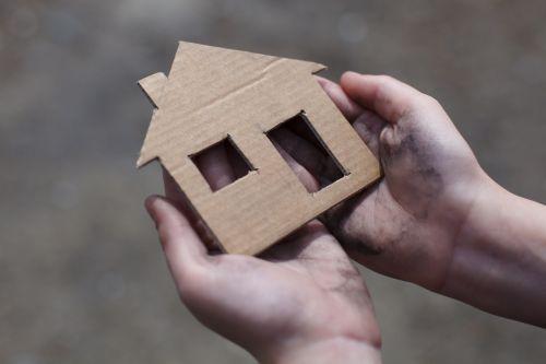 Initiative zur Bekämpfung von Wohnungs- und Obdachlosigkeit gestartet