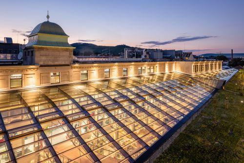 Döblinger SES-Shopping-Center erneuert Glasdach