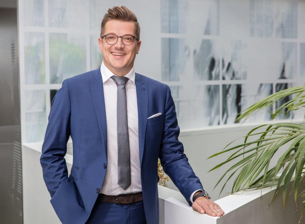 C&P übernimmt Alpenimmobilien