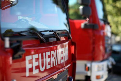 Großeinsatz infolge eines Dachbrands in Wien-Mariahilf