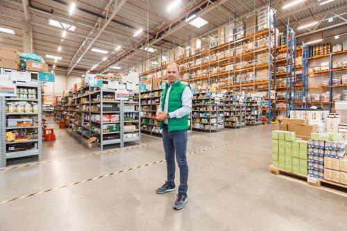 Rohlik investiert bis zu 400 Mio. Euro in Fulfillment-Zentren
