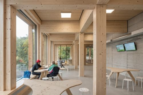 Holzbauarchitektur im Fachgespräch